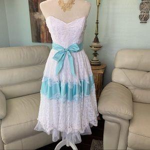 Betsy Johnson Evening White Lace Dress